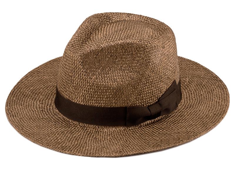 田中帽子店 uk-h059 Cyril シリル ケンマ草 フェドラー型 つば広 中折れ帽子 定番の中折れ帽子をより洗練させたデザイン 昔から、男女問わず愛される世界のロングセラー中折れ帽子。その定番の中折れ帽子をより洗練させたデザインに仕上げました。自分買いはもちろん、定番の中折れタイプだから、かぶる人を選ばずギフトとしても最適。流行しているつば広タイプなので、ファッションの一部として大活躍します。深めのツバは、しっかり日差しをカットしてくれて暑い夏でも重宝します。頭の大き目の男性でもしっかりかぶれる、クラウンの深いデザインです。