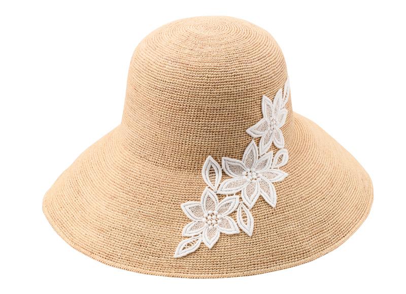 田中帽子店 uk-h092 Sally サリー ラフィア つば広レース付 キャペリン 57.5cm 繊細な魅力が惹き立つレース装飾のラフィアハット。